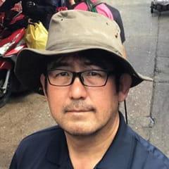 明石信弘教授の写真